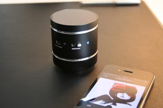 test whd soundwaver kabelloser sound ohne boxen. Black Bedroom Furniture Sets. Home Design Ideas