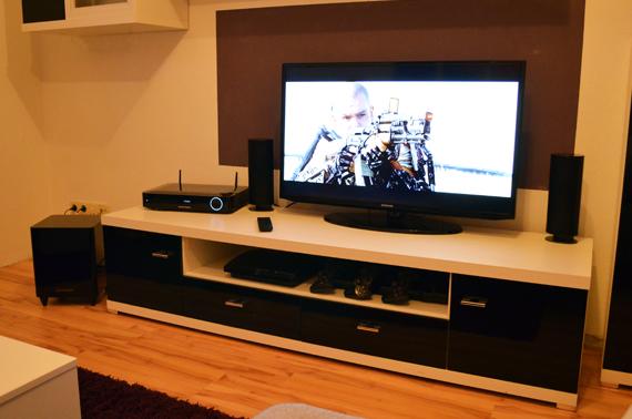 Die Komponenten Der BDS 480 Sind Hochwertig Verarbeitet Und Machen In Jedem  Wohnzimmer Eine Tolle Figur