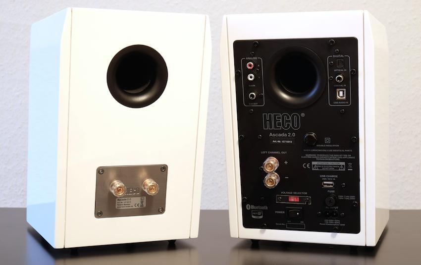 Die Masterbox (rechts) beherbergt die komplette Aktiveinheit und bietet neben der praktischen Bluetooth-Verbindung auch vier kabelgebundenen Quellen Zugang.