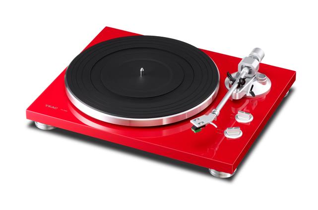 Der TN‐300 ist als separater HiFi-Plattenspieler sowohl in der analogen als auch der digitalen Welt zuhause und in jeder Hinsicht ein Schmuckstück.