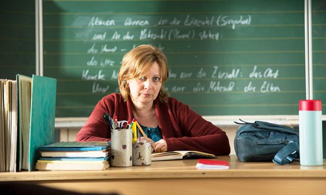 Die Vorwürfe der Eltern lässt sich die erfahrene Pädagogin allerdings nicht so einfach gefallen. (© Constantin Film)