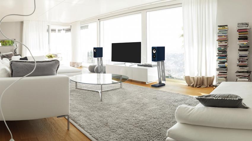 Die 13.2 AdvancedLine schaut nicht nur gut aus, sondern füllt selbst Räume mit einer Grundfläche von 35 Quadratmetern akustisch voll aus.