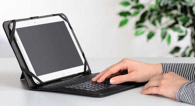 Hama OTG-Tablet-Tasche – Tabletschutz mit integrierter Tastatur