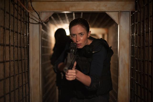 Die junge FBI-Agentin Kate Macer (Emily Blunt) schließt sich einer Sondereinheit an. (© Studiocanal)