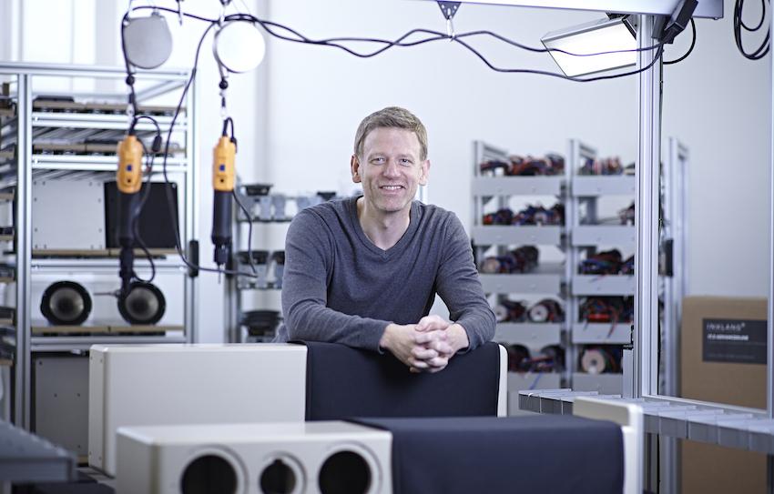 Inklang baut Lautsprecher aus Leidenschaft. Professionell, Individuell und klangstark.  Dafür steht Gründer und Geschäftsführer Thomas Carstensen mit seinem Namen.