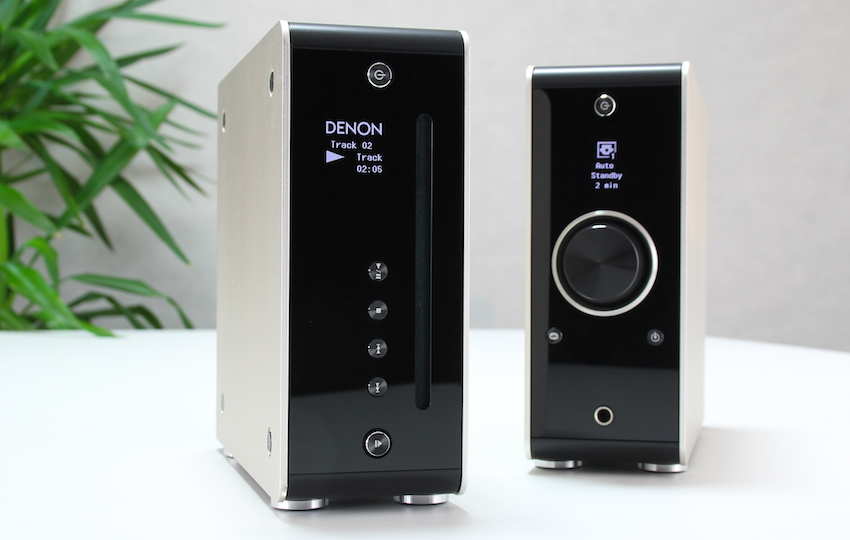 Besonderheit: DCD-50 und PMA-50 lassen sich auch in der Vertikalen aufstellen. Das Display dreht sich dann automatisch mit.