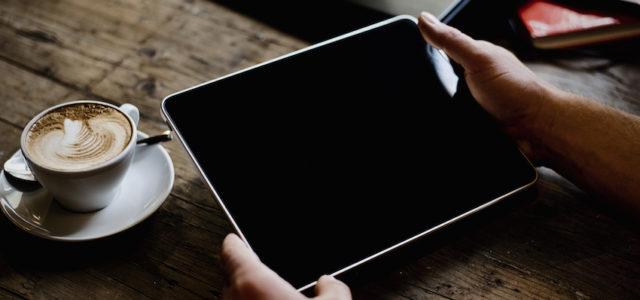 Burberry, Versace, Chanel & Co.: Noble Eleganz für das iPad