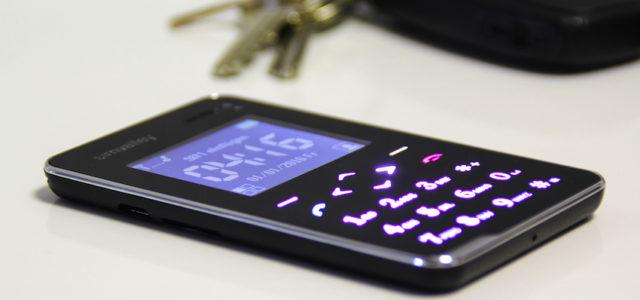 Simvalley Pico RX-492 – Scheckkarten-Handy mit Schutz vor dem Super-Gau