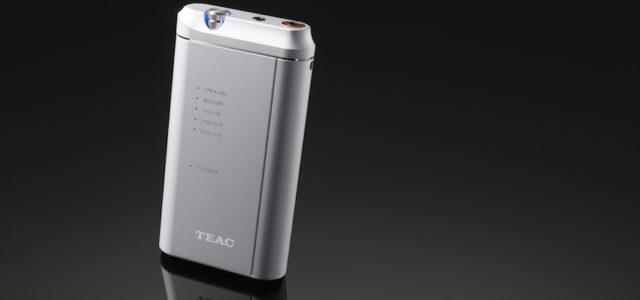 TEACs portabler Kopfhörerverstärker und USB-D/A-Wandler unterstützt auch DSD