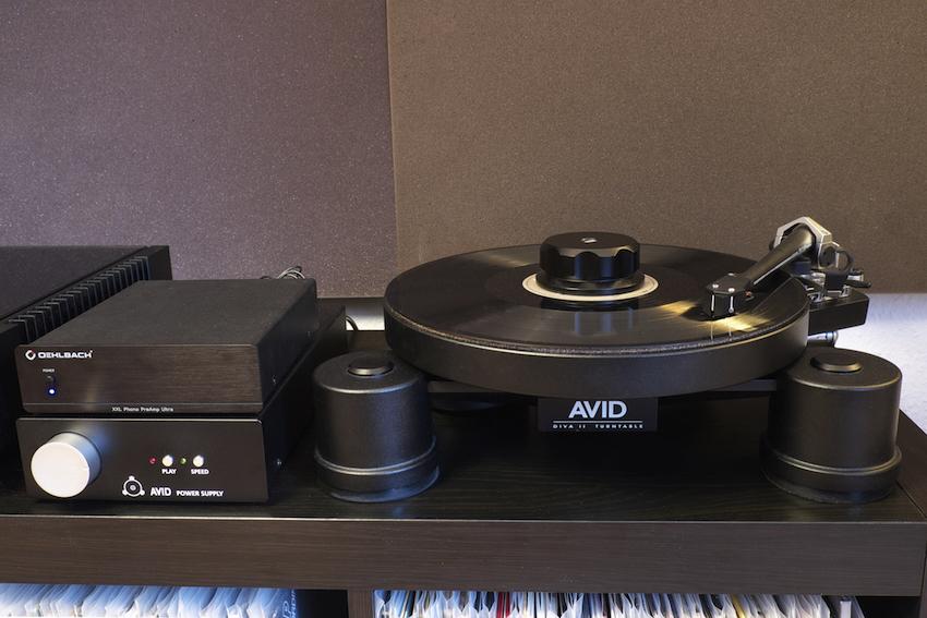 Sieht schick aus und spielt noch besser: Die Kombination aus AVID DIVA 2 SP, SME 309, Denon DL103 und Oehlbach XXL Phono-Preamp hat im Test richtig viel Freude gemacht.