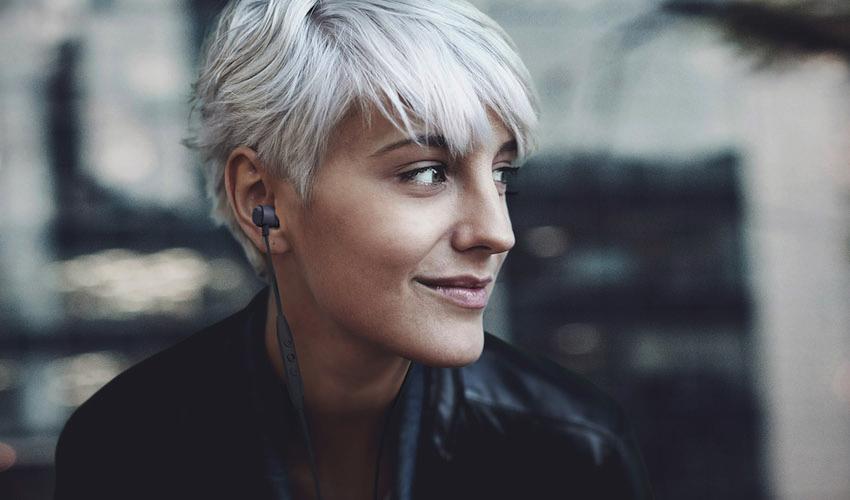 Mobiler Klang mit Kabel oder Bluetooth-Technologie: beyerdynamic präsentiert die In-Ear-Headsets der neuen Serie Byron