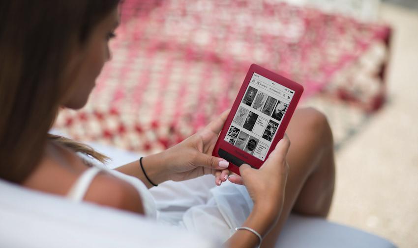 PocketBook präsentiert die limitierte Auflage des PocketBook Touch Lux 3 in elegantem Rubinrot.