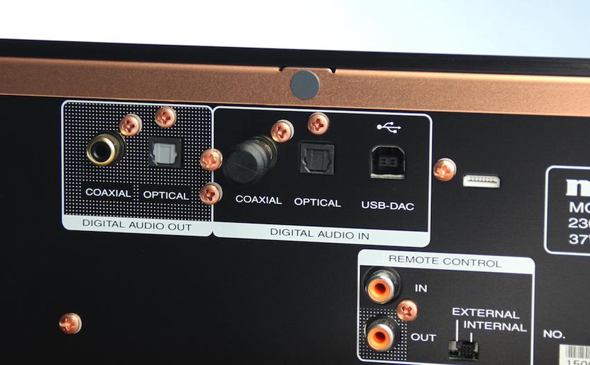 Streamer, Laptop oder andere digitalen Quellen finden rückseitig am CD-Player Anschluss.