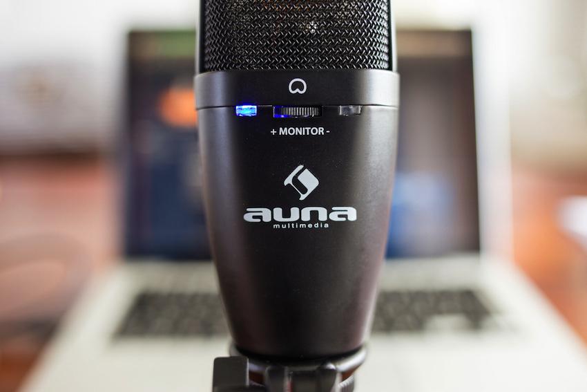 Sehr praktisch: Die wichtigsten Einstellungen lassen sich direkt am Mikrofon vornehmen.