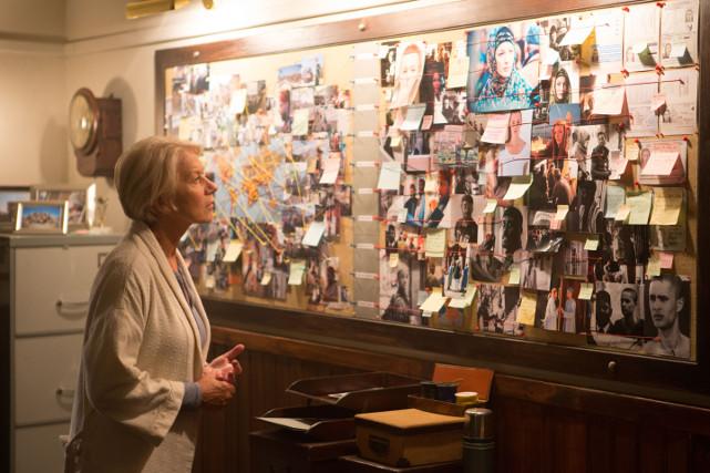 Unter den Terroristen befindet sich auch eine britische Konvertitin, die seit Jahren im Visier von Powell ist. (© Universum Film)
