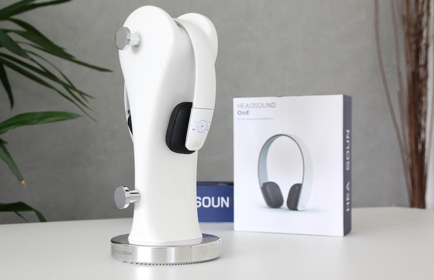 Der Headsound OnE fällt gleich durch sein schnörkeliges, futuristisches Design auf.