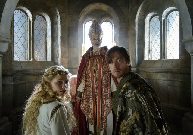 Dabei wird der König von Gisle (Pål Sverre Valheim Hagen, r.) an die Bagler verraten. (© Koch Films)