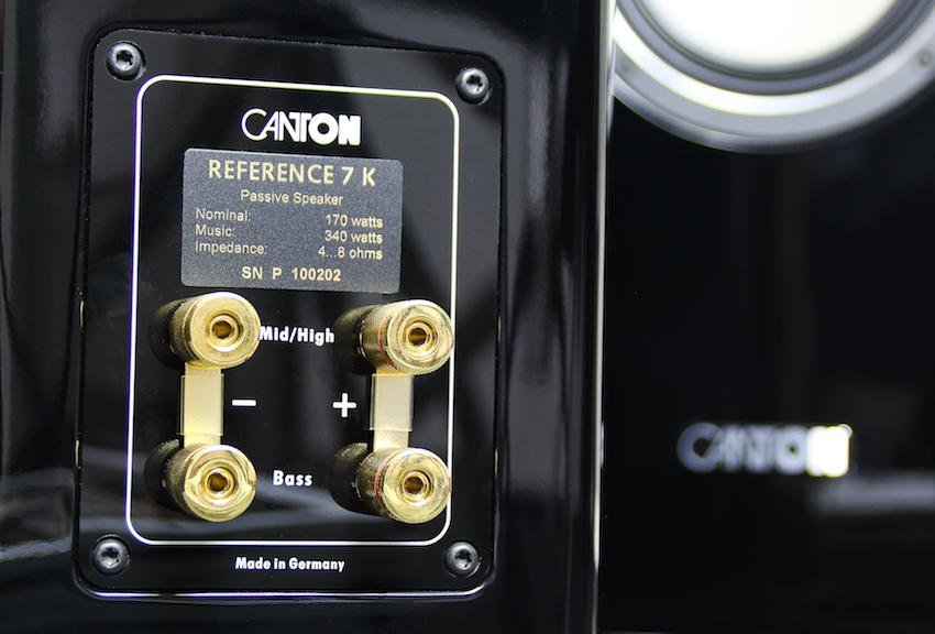Großzügig dimensioniert und hochwertig bestückt. Das Anschlussterminal der Reference 7 K kann sich sehen lassen und nimmt selbst massivere Signalgeber locker auf.