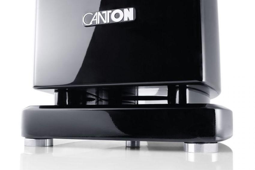 Sehr gut. Statt auf die obligatorischen Rundspikes setzt Canton in der aktuellen Reference-Serie auf höhenverstellbare Tellerfüße.