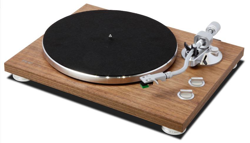 Mit dem TN-400BT kündigt TEAC seinen ersten Plattenspieler mit Bluetooth an.