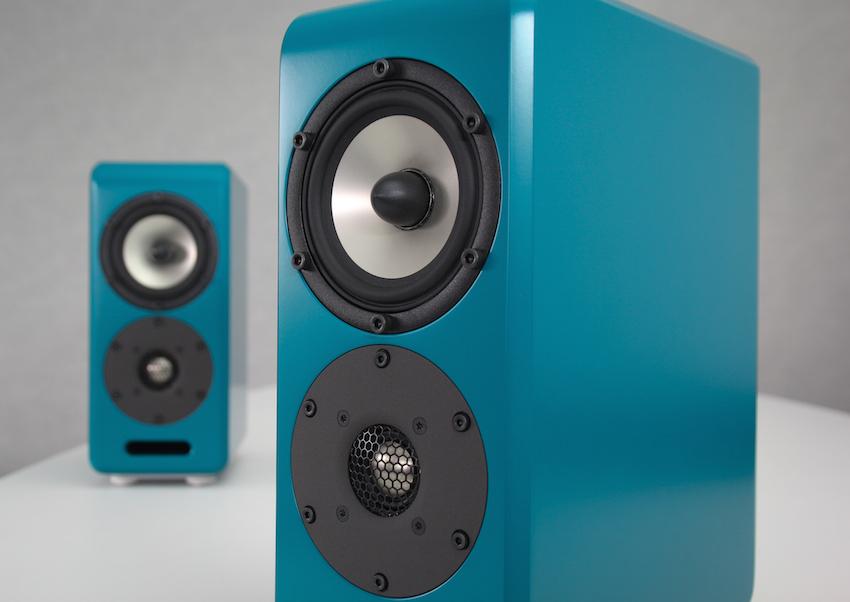 Inklang setzt den Hochtöner unter den Tiefmittentöner - diese Anordnung soll akustische Vorteile bieten und ist ein Merkmal der AdvancedLine.