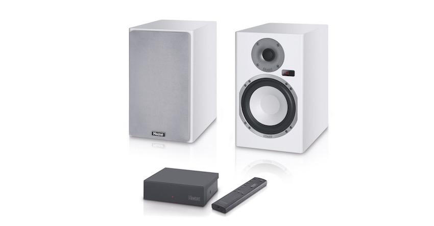 Wichtigste Komponente bei der hochwertigen kabellosen Signalübertragung ist der kompakte Sender, der drei wählbare Frequenzbänder für maximale Stabilität bietet und bis zu drei Lautsprecherzonen ermöglicht.