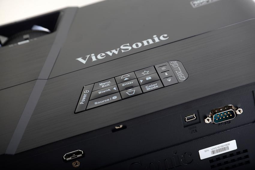 Auf Der Rckseite Des ViewSonic PJD7720HD Befindet Sich HDMI Eingang Ber Ein Klassisches