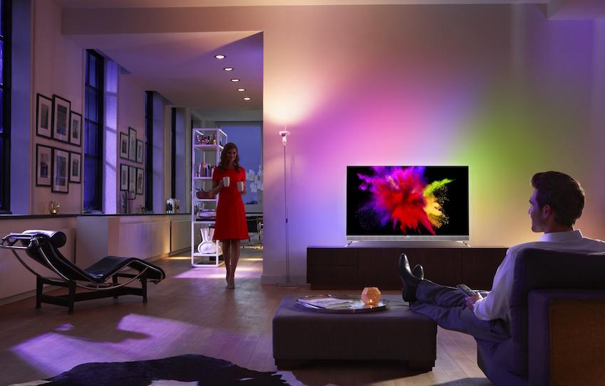 Der neue Philips OLED-TV 55POS901F setzt mit seinem direkt dimmbaren Panel und der vielfach preisgekrönten Philips-Bildverbesserungstechnologie neue Bestwerte in der Bildqualität. Ein Grund für die Fortschritte bei Bildqualität ist auch die jüngste Verfügbarkeit von High Dynamic Range- (HDR-) Inhalten.