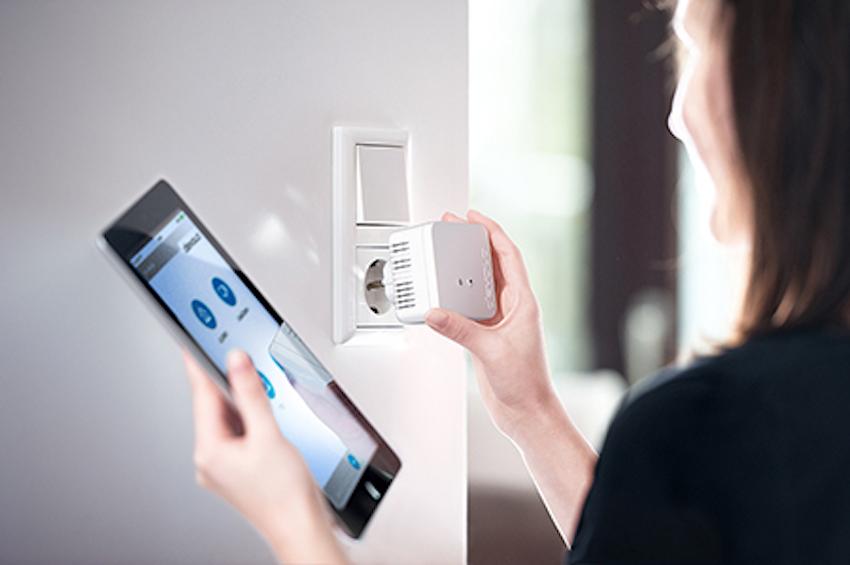 Der Devolo dLAN 550 WiFi sollte umbedingt direkt über die Wandsteckdose und nicht über einen Mehrfachstecker verbunden werden.