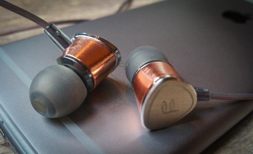 Der Fidue A65 eignet sich in erster Linie für das Zusammenspiel mit modernen Smartphones.