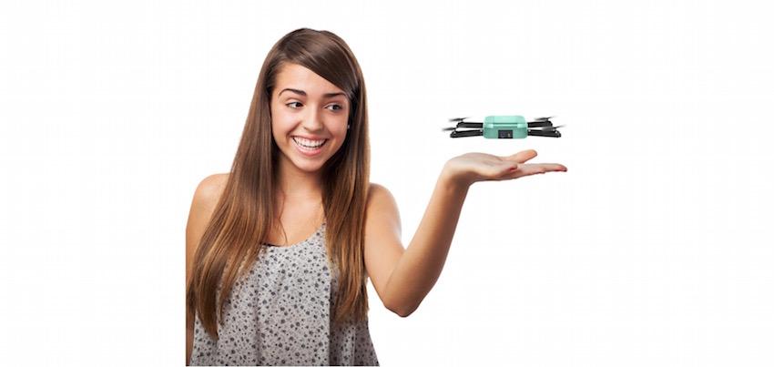 c me die fliegende kamera killt den selfie stick lite. Black Bedroom Furniture Sets. Home Design Ideas