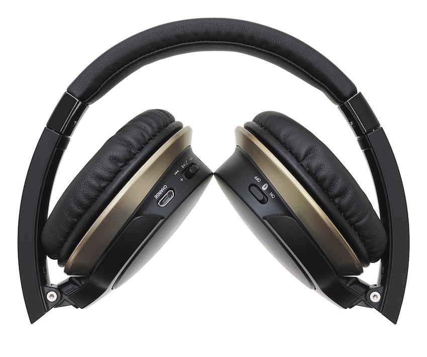 Der Audio-Technica ATH-AR3BT ist ab März für rund 139,00 Euro im autorisierten Fachhandel verfügbar.