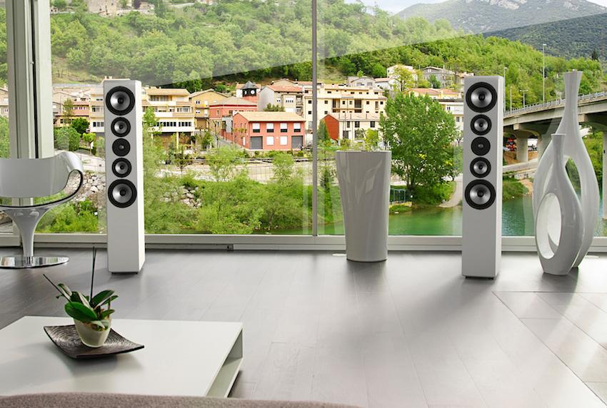 Inklang achtet neben der Akustik auch auf die Optik. Mit ihrem geschmeidigen Design passen die Lautsprecher in eigentlich alle Wohnzimmer. Mit modernem und mondänem Ambiente harmonieren die Boxen besonders gut.