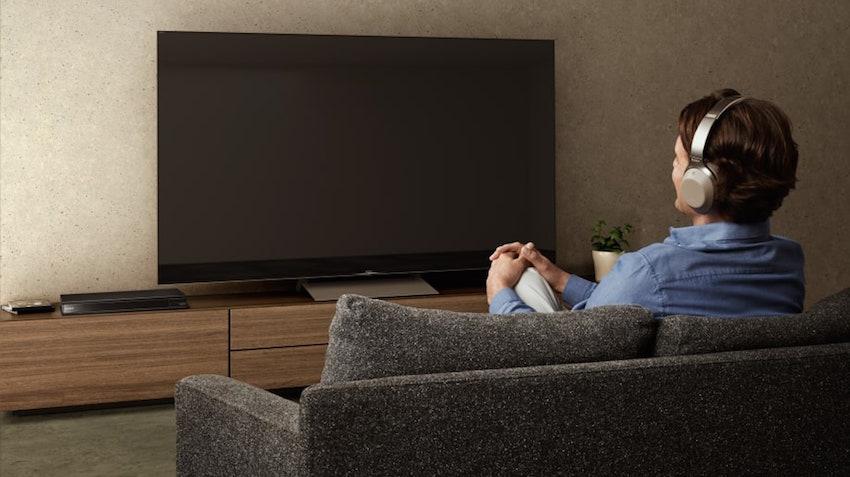 Angeführt vom neuen 4K Ultra HD Blu-ray Player UBP-X800 präsentiert Sony gleich drei neue Produkte fürs Heimkino
