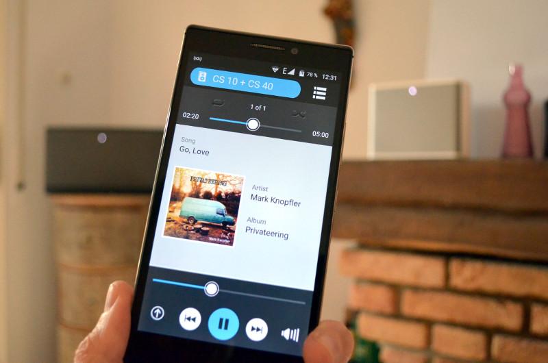Per App lassen sich bis zu zehn Lautsprecher zu einem Multiroom-System verbinden.