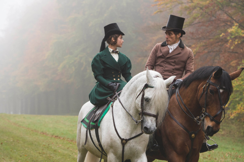 In Premierminister Lord Melbourne (Rufus Sewell) findet Victoria allerdings einen loyalen Vertrauten. (© Edel Germany)