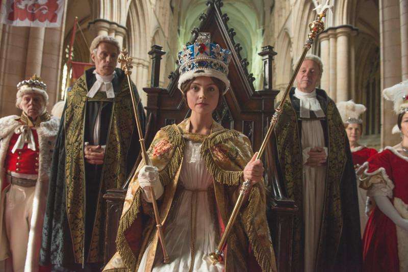 Als Herrscherin gelingt es Königin Victoria trotz der fehlenden Erfahrung früh, den Grundstein für ein florierendes Reich zu legen. (© Edel Germany)