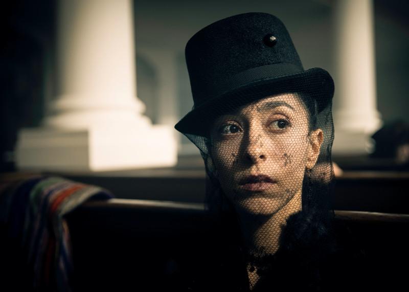 In der alten Heimat hat niemand mehr mit seiner Rückkehr gerechnet - auch nicht Delaneys Halbschwester Zilpha (Oona Chaplin). (© Concorde Home Entertainment)