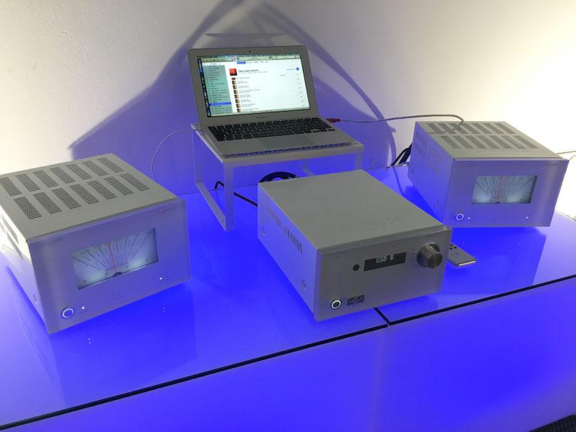 In erster Linie sind die französischen Audiospezialisten aber für ihre Elektronik bekannt. Und die lässt sich auch mit digitalen Quellen und hochauflösendem Material füttern.