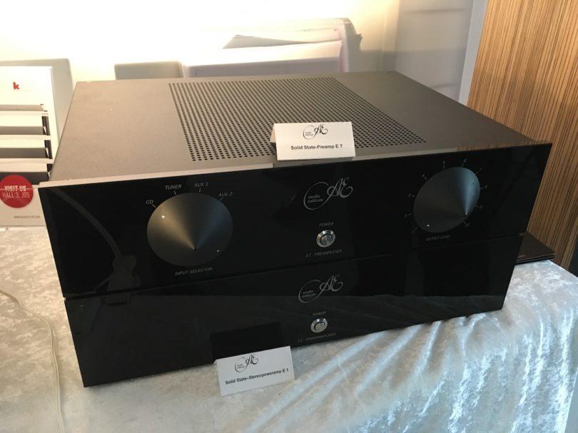 Ebenfalls spannend - und erfreulich bezahlbar: Vorverstärker Audio Exklusiv E7 und Audio Exklusiv Poweramp E1.