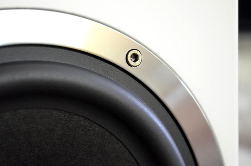 Design und Verarbeitung der Elementa 300 sind, wie von Heco gewohnt, hervorragend.