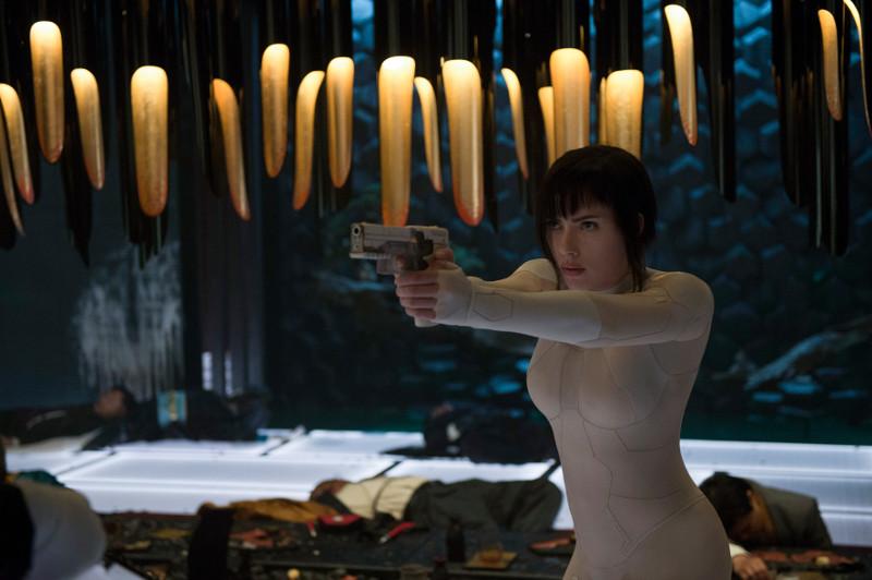 Mira Killian (Scarlett Johansson) ist Teil einer Eliteeinheit gegen Cyber-Terrorismus. (© Paramount Pictures. Alle Rechte vorbehalten.)