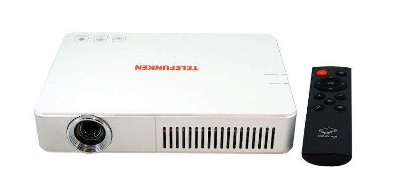 """Telefunken gibt Gas und zeigt leistungsstarke, kompakte Mini- und Midi-LED-Projektoren """"DLP500"""" und """"DLP700 WIFI""""."""
