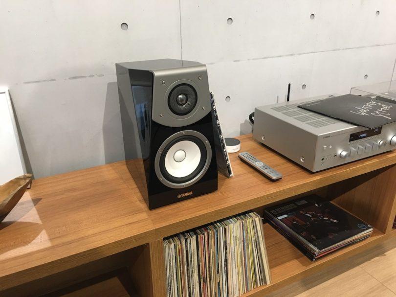 Für absolut beeindruckenden Sound sorgen exzellent verarbeiteten und stattlich bestückten die Soavo NS-B951.