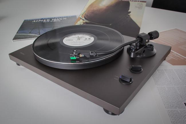 Plattenspieler Teac Tn 400bt Mit Bluetooth Und Usb Für Streaming
