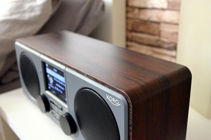 Das DAB 600 IR verfügt über ein zeitloses und edles Design.