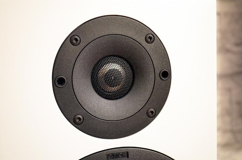 Der neue Hochtöner, ein Alu-Mangan-System, vergrößert den Übertragungsbereich der GLE 476.2.
