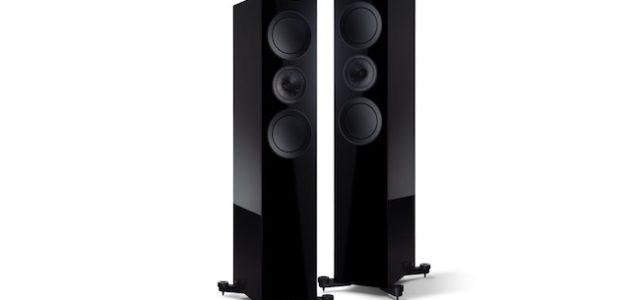 KEF bringt Lautsprecher R700 in atemberaubender Black Edition heraus