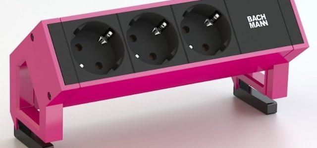Pink is beautiful – Bachmann Steckdosenleiste in Erikaviolett