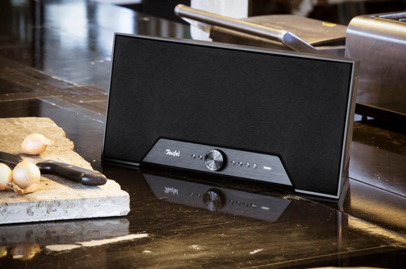 Gelungener Look und großartiger Klang machen den Teufel One M zu einem empfehlenswerten WLAN-Lautsprecher.